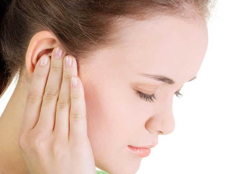Ребенок скрипит зубами во сне — виноваты ли глисты и, что делать?