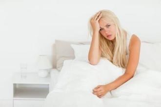 Почему каждое утро болит голова – топ 7 частых причин