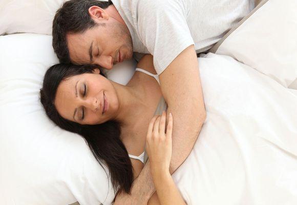 Почему человек вздрагивает когда засыпает