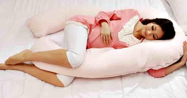 Как сон на левом боку влияет на здоровье: вредно это или нет?