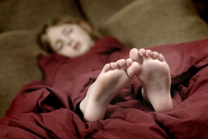 Полезно ли спать на полу без матраса